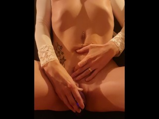 Watch and listen to me moan in pleasuring as toy sucks my clit - SOLO - body shaking - Miss19Red