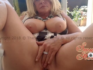Just some outside TITTY and PUSSY play #Horny #Mature #Cougar