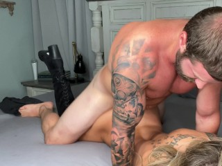 Let me show you how creamy my pussy is 4K