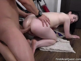 First-Time Anal Gape for Barely Legal Black Angel