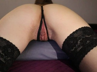 A FRIEND ARRANGED A WEEKEND FOR A DICK, FUCKED HIS GIRLFRIEND WITH HIS FINGERS