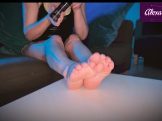 moment relaxing feet with oil of a student-alexa strapon