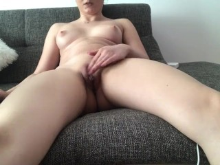 My first camming video meanwhile I'm watching porn and cum