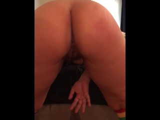 TEEN KEEPS SQUIRTING WHILE GETTING SPANKED