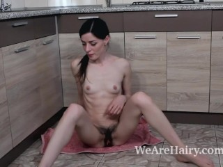 Maria Rosa masturbates on her kitchen counter
