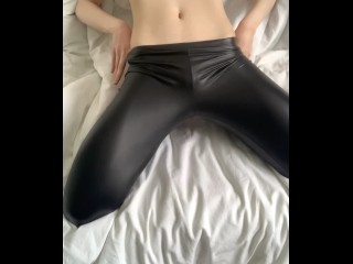 Sexy pussy in black leather leggings