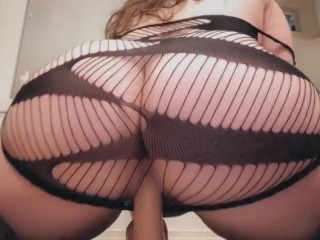Pretty pawg throws it back on a cock
