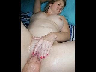 Sexy milf Lizzy fisted showing her naked body and shaved pussy