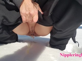 flashing my pierced pussy outdoors peeing in snow