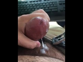 Thick cock cumming hardly