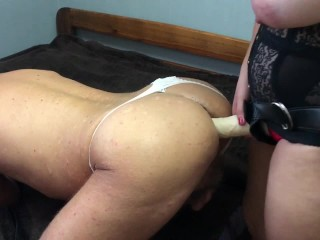 Bisex pegging cuckold husband and bi wife cumkiss cum eating cleanup