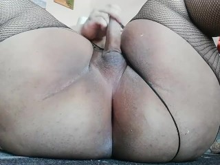 perfect round ass cute trans bbw shows off tight butt and squirts