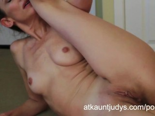 Yoga gets Betty Blaze all horny, so she fingers her mature snatch