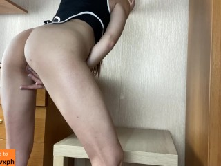 Showing my ass and pussy on the camera