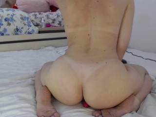 Rub my ass on a toy and get high