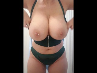 Mature Mom with HUGE BooBs wants you to cum over her BIG TITS