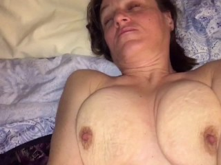 Mature cougar sucking me and making me fill her pussy with cum.