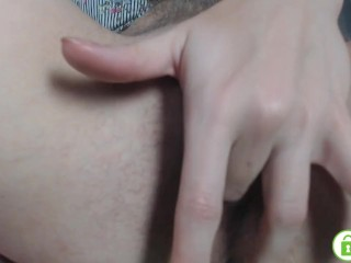 Hot girl masturbate her pretty hairy pussy with middle finger close up cam