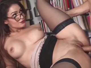 UP CLOSE! Quick Pussy fuck and cum on open hole! Wet Teen Pussy gets Creampie Leg Shaking Orgasm 4k