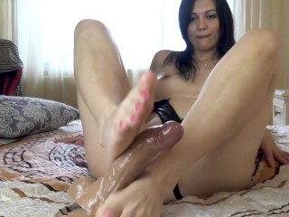 I want you to lick my legs and cum on them.