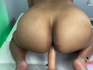 Bubble Butt Latina Farts All Over Your Dick - SelenaRyan