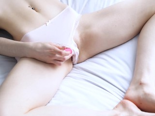 girl ruins her own orgasm - desperate moans