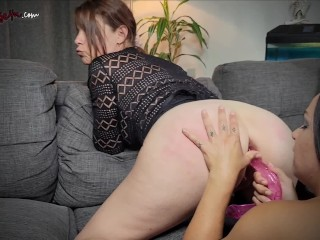 Lesbian Double Dildo Orgasm with Jade