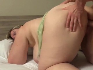 Sexy BBW MILF with Huge Boobs Enjoys Sex with New Neighbor