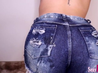 Cumshot on a Big Ass in Short Jeans