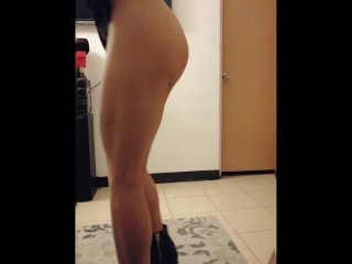 My sister in law get horny on the party and twerk for me pt. 2