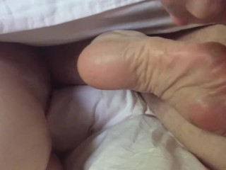 Ann Gets Cum On Rough Soles