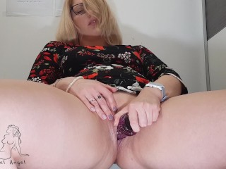 I horny all day in work