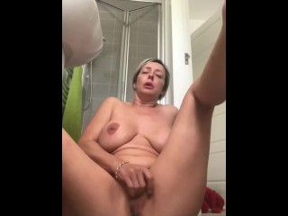 Stepmom milf naked pussy play with full blown orgasm