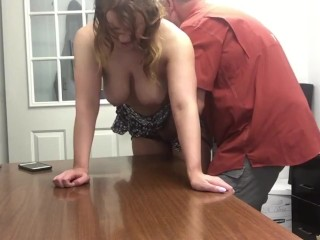 Sexy amateur mature MILF getting orgasm with new boss after interview
