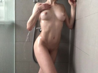 Ana_Lingus - Solo shower - got horny while showering and squirted