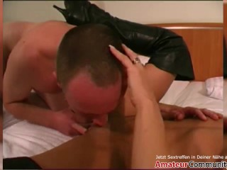 Porn casting: This guy knows how to dog down this babe! AMATEURCOMMUNITY.XXX