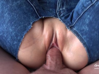 Teen Slut in Ripped Jeans begs to fill her pussy full of cum