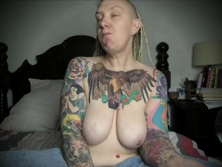 FREE PREVIEW - Topless Messy Eating