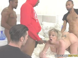 Dee Williams Waits For Her Cuckold Husband With 3 Black Bulls