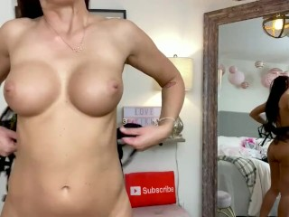 Trying on gifts from fans uncensored