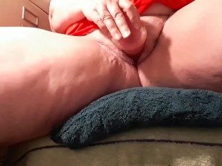 My very first video, wet, noisy, AMATURE orgasm