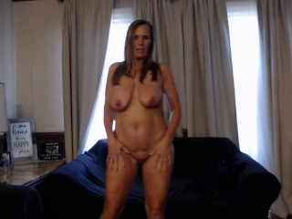 MILF needs LAID- strips down.. can You help?