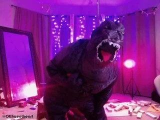 Summer Hart is the Worst Cam Girl Ever- Sexy Godzilla Stomp Show