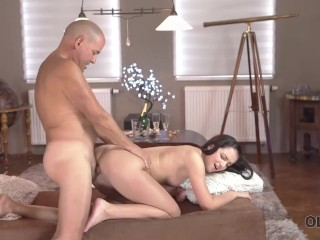 OLD4K. Lovemaking of young gal and old man begins with oral foreplay
